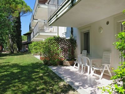 Photo for Nice apartment for 6 people with pool, A/C, WIFI, TV and balcony