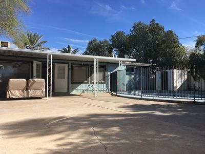 Photo for Walk in, live, Fam home, Central Tucson, Pool/Pets