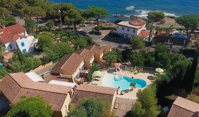 Photo for Heated pool - Gulf of St Tropez