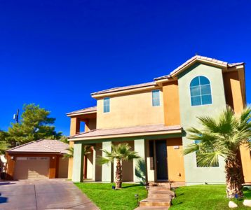 Photo for Modern 5 Bed, 3 Bath Home In a gated community mins from the strip!