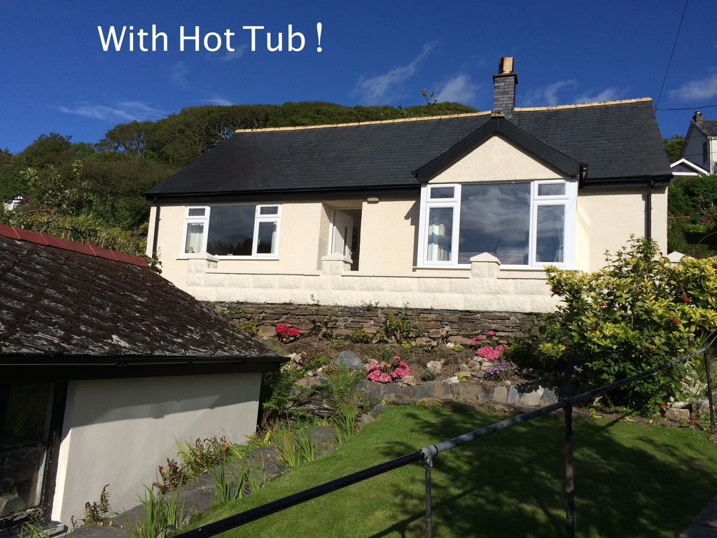 Miraculous Lovely Cottage In Snowdonia Private Hot Tub By Mountains Award Winning Beach Fairbourne Download Free Architecture Designs Grimeyleaguecom