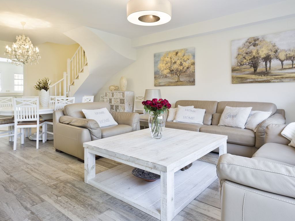 Deluxe 5 bedroom townhouse located in the centre of sitges for 5 bedroom townhouse