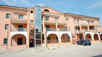 Photo for Appart. sea, Lido di Pomposa (Emilia Romagna) with large swimming pool and terrace