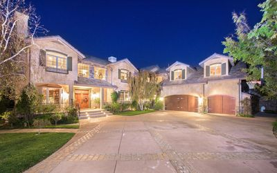 Photo for 6BR House Vacation Rental in Calabasas, California