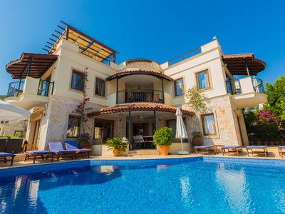 Photo for Luxury 5 bed villa, inc. an annex apartment, lge heated pool & great seaviews