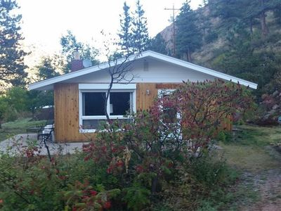 Photo for Riverfront Home With Hiking, Fishing And Magnificent Views Out Your Front Door!