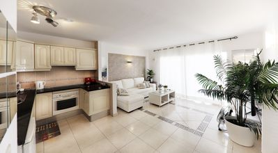 Photo for APARTMENT WITH POOL NEAR THE MÉDANO AND THE COATS