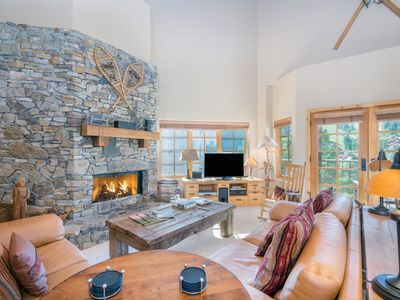 Photo for Comfortably furnished 5 bedroom, 4 bath condo with gorgeous views and quick access to ski lifts. Per