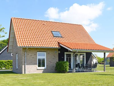 Photo for Luxury 6-person residence in the holiday park Landal Strand Resort Nieuwvliet-Bad - on the coast/the beach