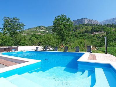 Photo for Apartment Bubalo  in Omiš, Central Dalmatia - 5 persons, 2 bedrooms