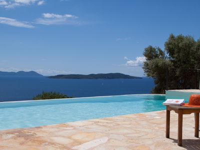 Photo for Villa Boubouki - Charming seafront villa in a beautiful relaxing area
