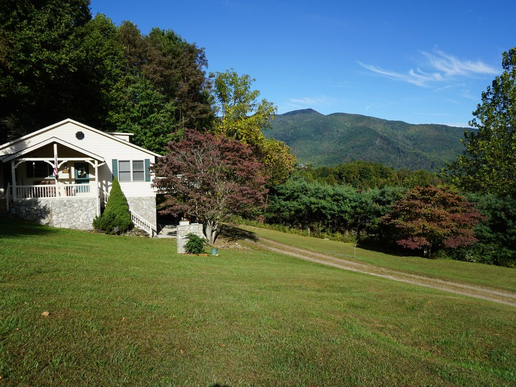 Mountain View And Creek House On 5 Beautifu Vrbo