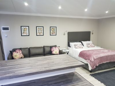 Photo for Shellcliff Self Catering Room