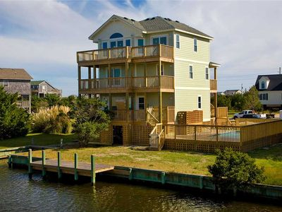 Cozy Canalfront Avon Home-Pool, Picnic Area, Hot Tub, GameRm, Wet Bar, Boat Dock