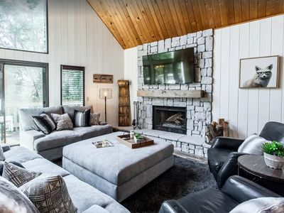 Photo for LUXURIOUS ARROWHEAD CABIN! WALKING DISTANCE TO THE LAKE! GREAT FOR FAMILIES!