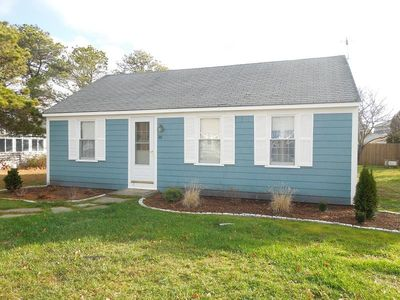 Photo for Walk to Beach from this 3 Bedroom Cottage!