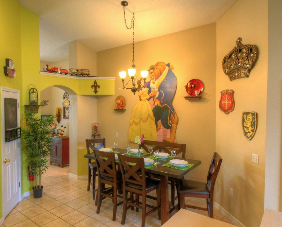 Adventure Villa Beauty Beast Dining Themed Customize Rooms Private Pool Four Corners