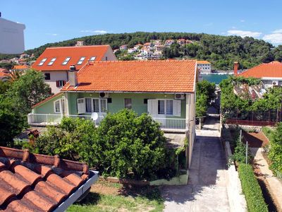 Photo for Studio flat with balcony Jelsa, Hvar (AS-4602-a)
