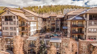 Photo for Walk to Gondola in less than 5 minutes! Fraser Crossing a Prime Villiage Location.