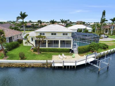 Photo for (4 Bedroom + Loft) Waterfront home that is perfect for your next island getaway