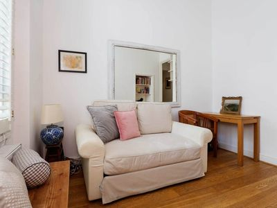 Photo for Cosy 3 bed apartment moments from Pimlico tube station, Sleeps 6-8 (Veeve)