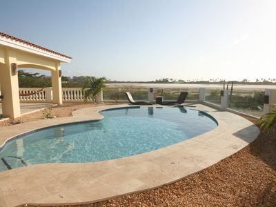 Photo for Aruba Villa - Heaven On Earth - spacious, friendly and well maintained