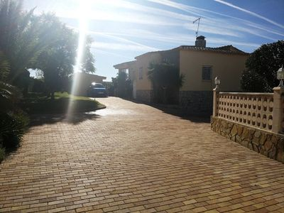 Photo for Stunning Villa 25km from Valencia City & the Beach - Private Pool & WIFI