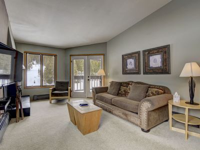 Photo for Newly Renovated condo, heated pool, on golf course, mtn view, tubing, skating!