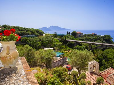 Photo for Family-friendly -sea view-villa-fo 10 people Sorrento - private car-terrace