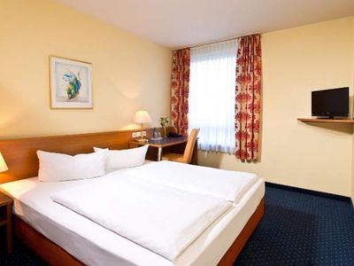 Photo for Business single room, bath, WC - ACHAT Comfort Dresden