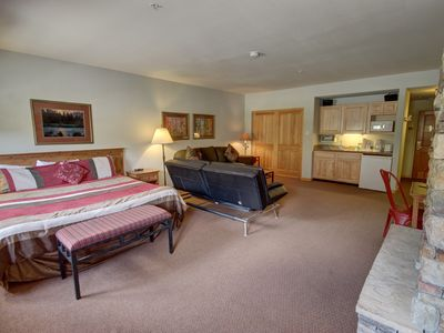 Photo for You'll love this oversized studio in the Gateway Lodge building sleeping 6. Gateway Lodge is a quick shuttle to River Run Village and has a nice indoor pool and hot tub to enjoy after the day on the slopes.