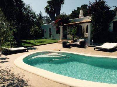 Photo for Beautiful 3 bedroom villa with large private pool