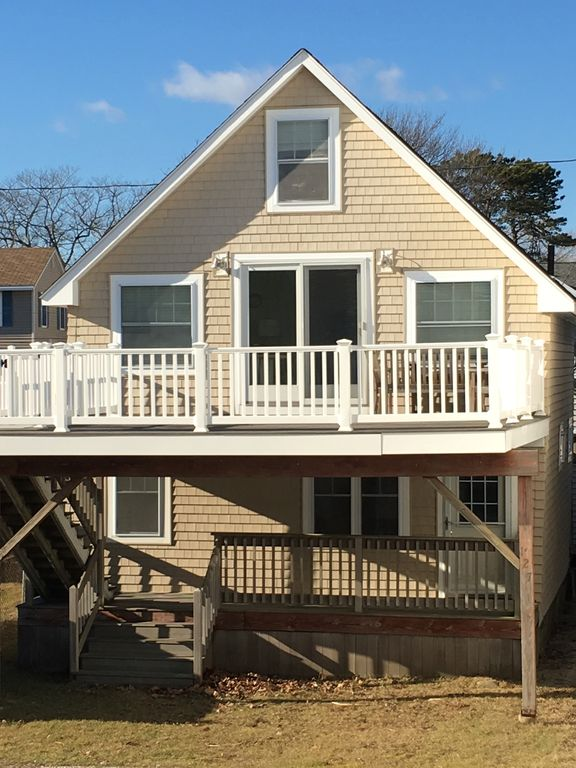 York Beach Duplex Lower Unit This Cottage Is Located Across From Long Sands