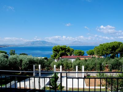 Photo for Villa overlooking the Gulf of Castellammare: Ideal for the summer. Tranquility, sea, art, archeology ... gastronomy.