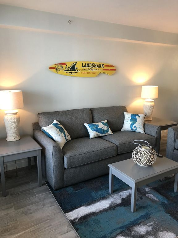 2 Bedroom Suites In Savannah Ga: Oceanfront 1 Bedroom Suite At Daytona Beach Resort