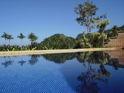 Photo for Charming house 'foot in the sand' in exclusive condominium on the beach in Guaecá