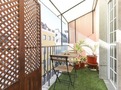 Photo for In Principe Real apartment with terrace near Bairro Alto