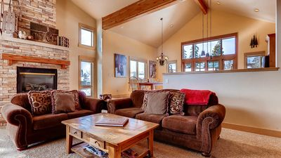 Photo for 4BR mountain home w/loft, hot tub, views, close to skiing!