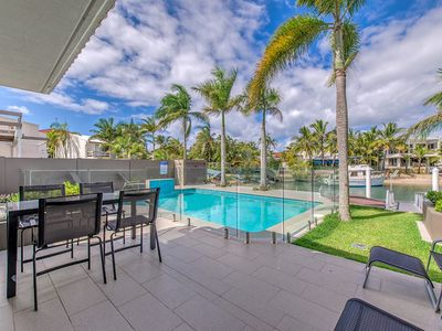 Photo for Noosa Sound waterfront, get more bang for your buck