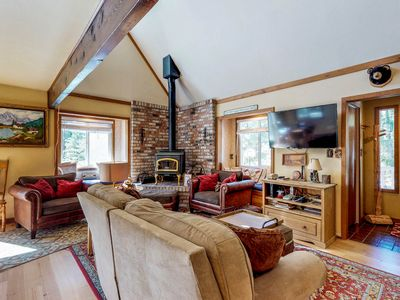 Photo for NEW LISTING! Cozy dog-friendly cabin with shared seasonal pool, close to skiing!