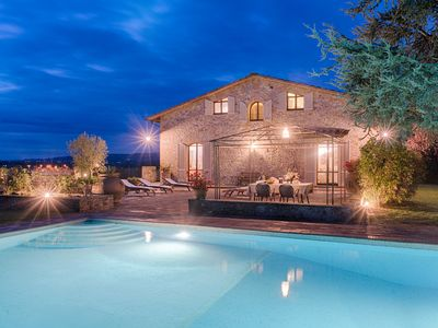 Photo for AVAILABLE - FROM 10 TILL 17 AUGUST - Villa SIENA-4 km from Siena 10PAX AC, POOL & SPA
