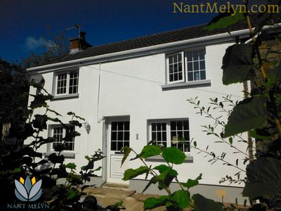 Nant Melyn is peacefully secluded at the end of a small terrace of stone cottage