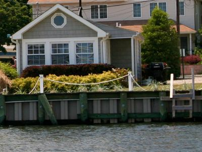 A Great Escape !! One Of A Kind Waterfront Cottage.