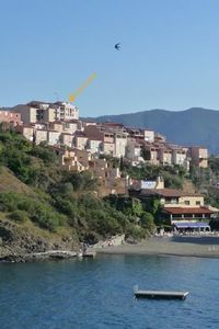 Photo for Banyuls: apartment 5 mins walk from the beach and the center!
