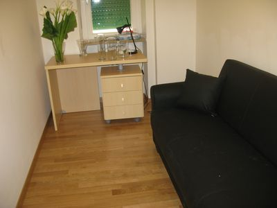 Room with single sofabed