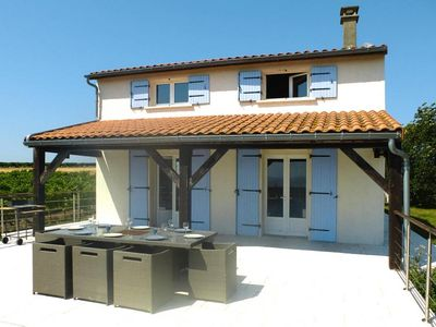 Photo for holiday home, Chenac-St.-Seurin-d'Uzet  in Charente Maritime - 8 persons, 4 bedrooms