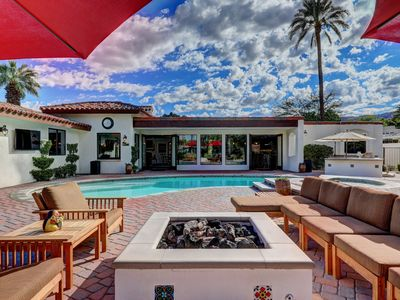 Photo for Social Distance @ Expansive Property- Low rates w/ deep discounts for Wkly/Mthly