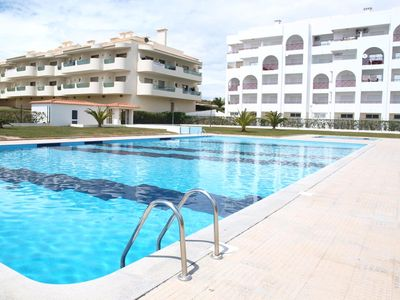 Photo for 1BR Apartment Vacation Rental in Alporchinhos, Faro