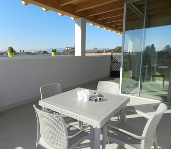 "Photo for SPACIOUS PENTHOUSE ""MINA 2"" CON WI-FI, AIRCO, POOL, TERRACE"