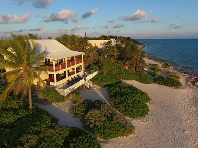 Heritage House: Caribbean-Style Rum Point Villa with Large Pool & Sandy Shores